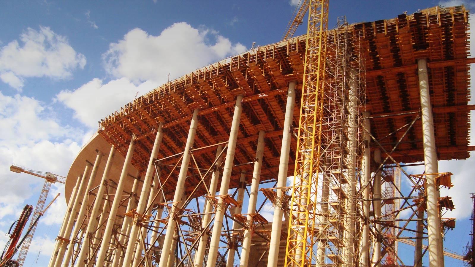 Klojinių ir pastolių sistemos betono konstrukcijoms